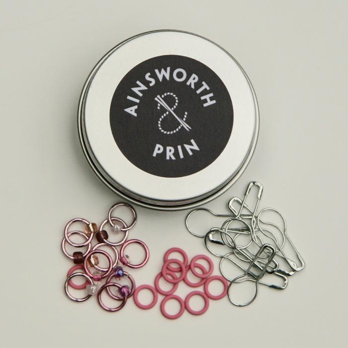 Stitch markers tin