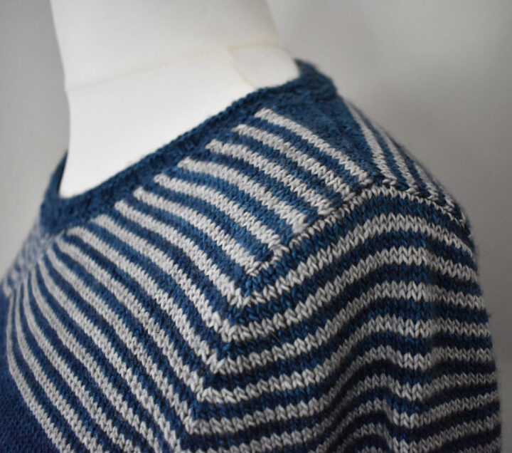 Perfectly matched stripes on a knitted T